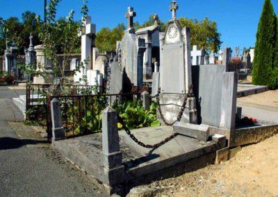 2012-neuville-tombe-charles voisin-en ruine